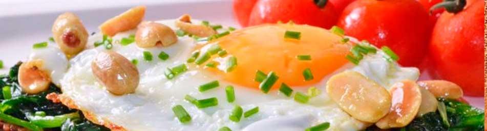 huevo-mediterraneo-para-desayuno-fit